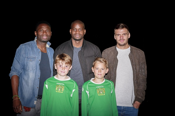 GLOVERS PLAYERS PASS ON TIPS TO FUTURE STARS